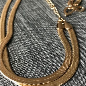 Jewelry - Necklace (bought at Dillard's). Like new!
